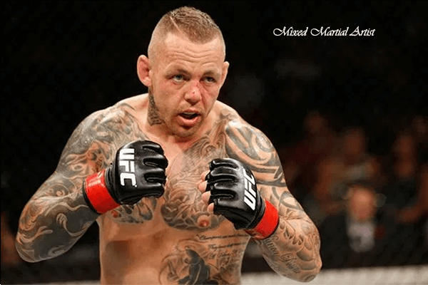 Ross Pearson's Biography