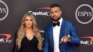 Patriots LB Kyle Van Noy Inactive for Sunday Night Football, Wife In Labor